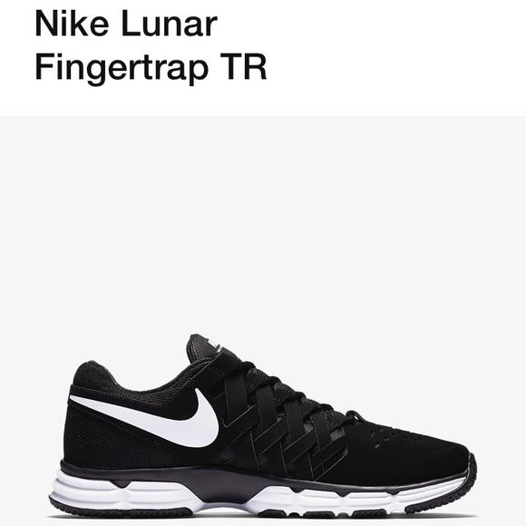 5e4e0020b8a4cc Nike Lunar Fingertrap TR Tennis Shoes. M 5b5292dab6a94222109932a8